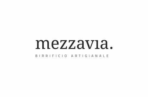 mezzavia