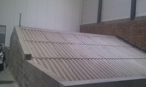 L'edificio con la vasca di raffreddamento di Boon, incorporato nel nuovo stabilimento